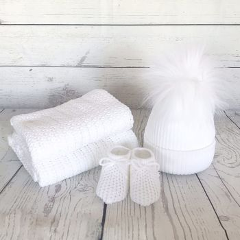 Newborn Winter Gift Set - White