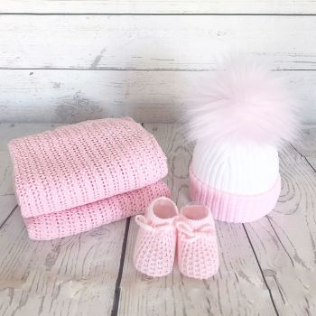 Newborn Winter Gift Set - Pink