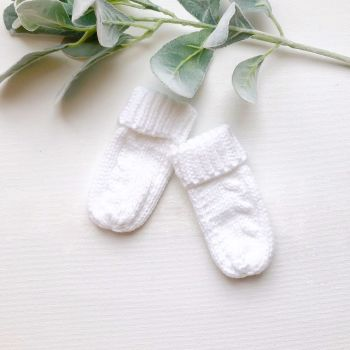 Cable Knit Mittens - White