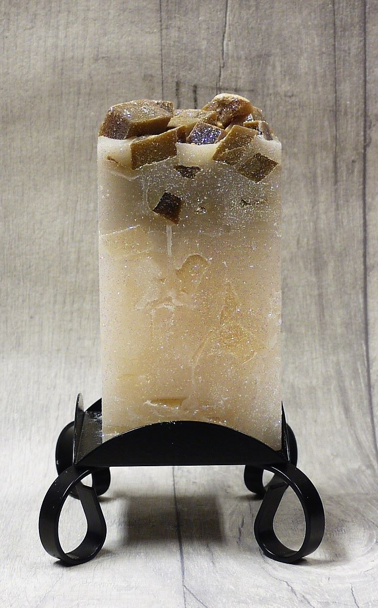 Medium brown colour topped square pillar candles