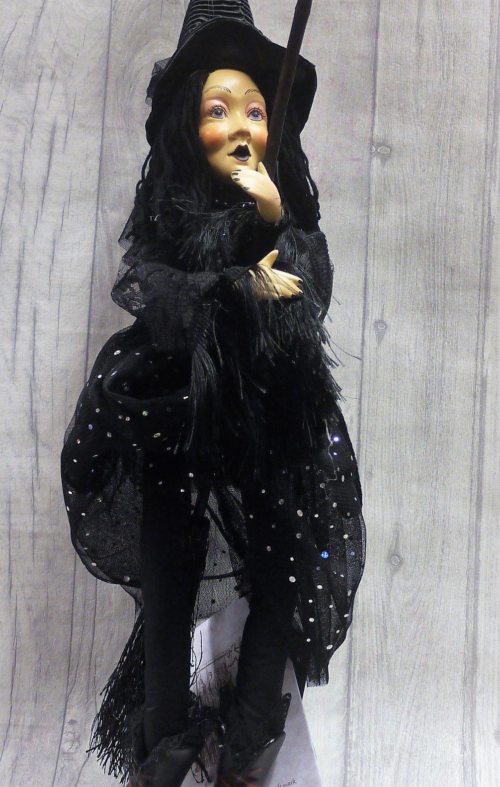 Zilla goth black 50cm