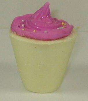 Rhubarb & Custard Bath Creme Cupcake