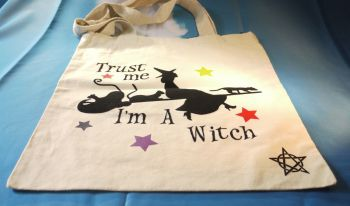 """Trust me i am a witch"" Cotton Bag Medium"