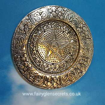 Round metal incense holder with pentagram design