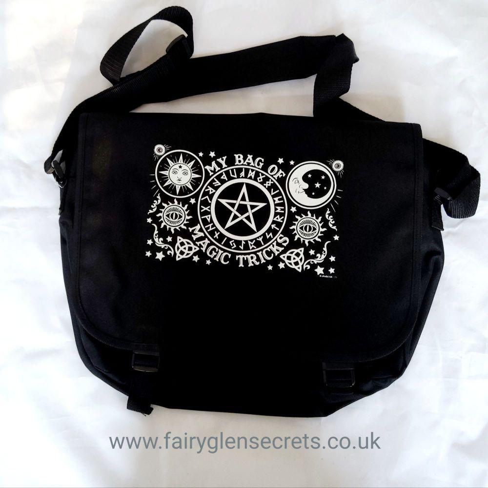Messenger Bag - My bag of Magic Tricks
