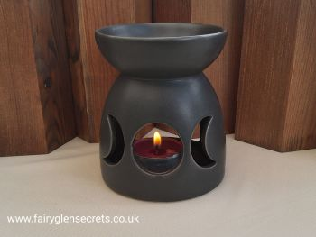 Triple moon oil burner