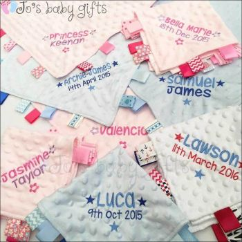 .Personalised Taggy Comforter