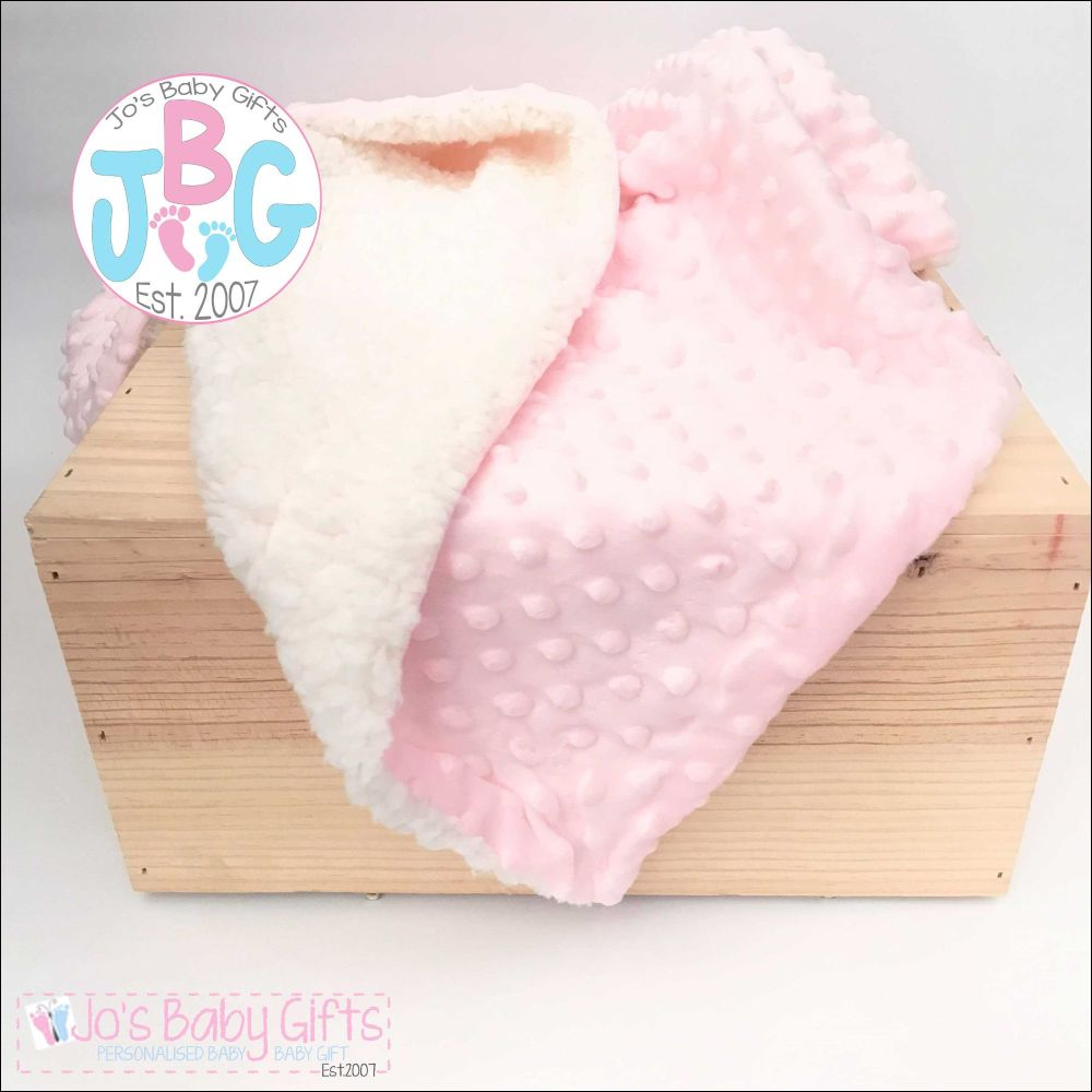 Personalised Pink Deluxe Bubble Wrap/Cream Sherpa back