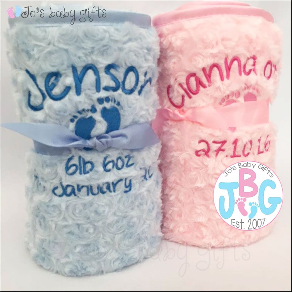 Personalised pink or blue fluffy blanket