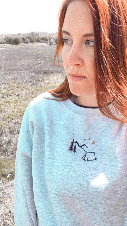 <!-- 110 -->Night Sky Adventure Embroidered Sweatshirt