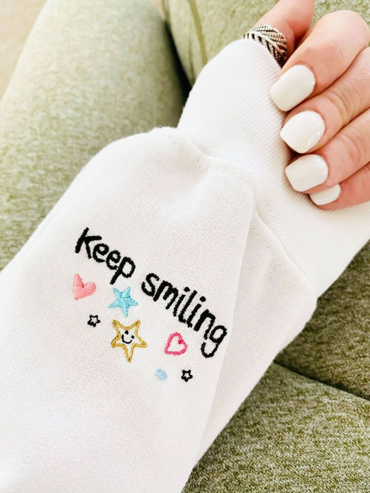 <!-- 001 -->Keep Smiling, You got this Heart -  Embroidered Sweatshirt