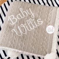 <!-- 106 --> Cable Knit Grey Blanket