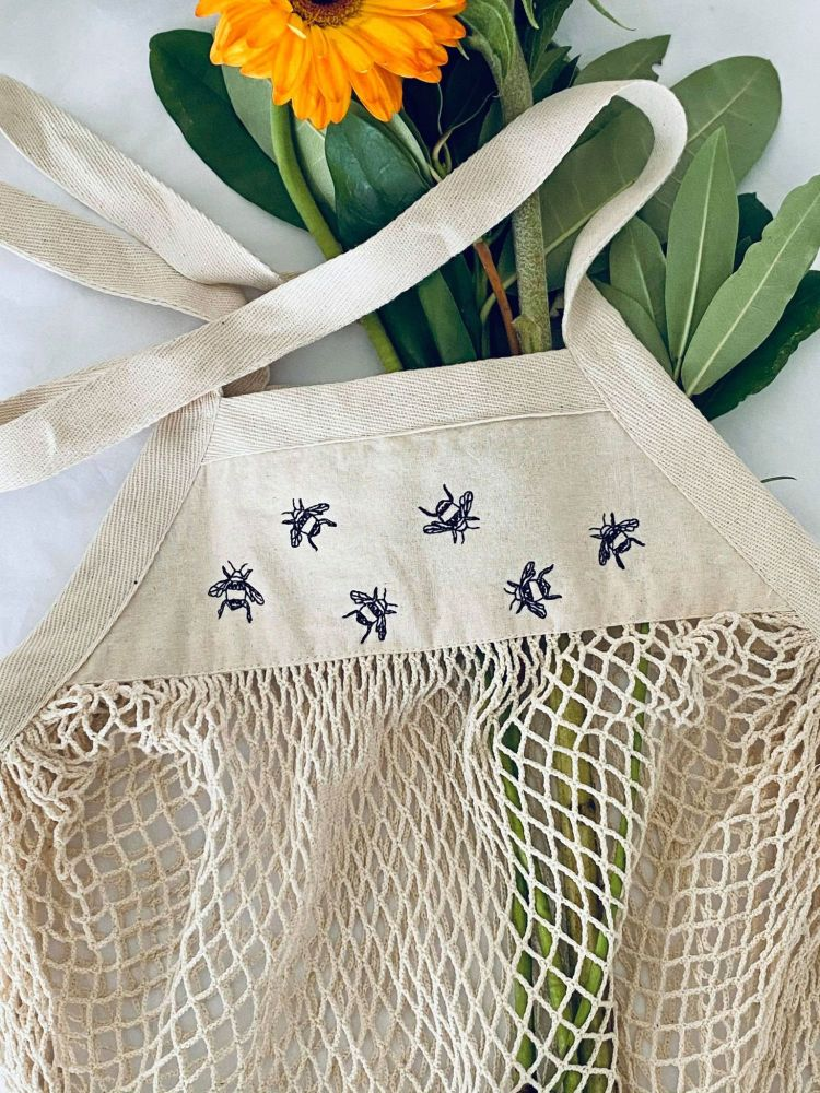 <!-- 001 -->  Embroidered Lots of Bees Shopping Mesh Grocery Bag