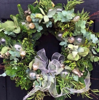 Noreen Door Wreath