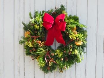 Arya Christmas Wreath