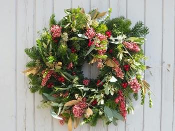 Cali Christmas Wreath (Deposit)