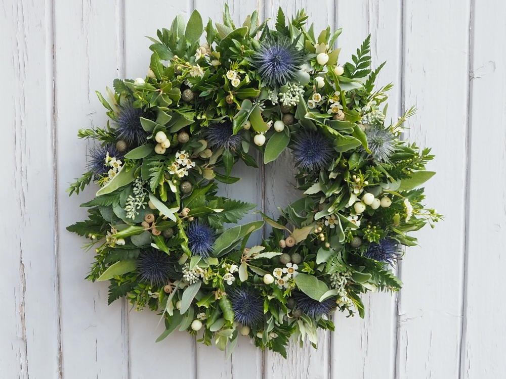 Daisy Christmas Wreath (Deposit)