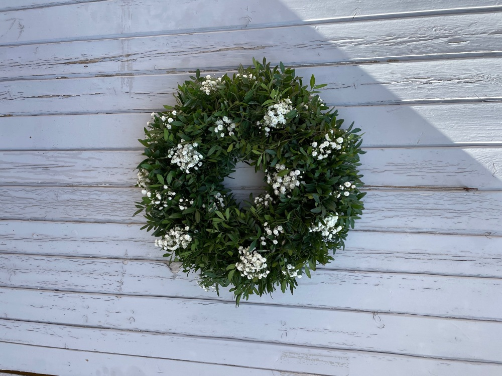 Fresh & Simple Wreath