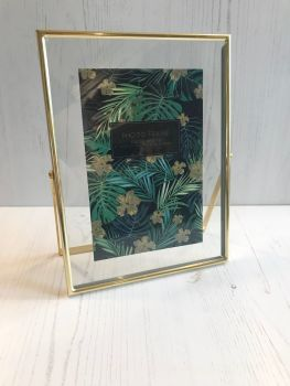 Gold Border Photoframe