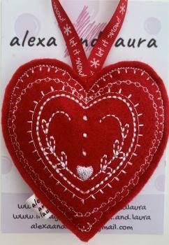 Christmas Heart - E