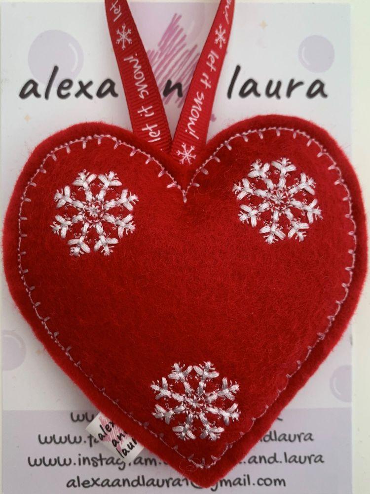 Christmas Heart - L