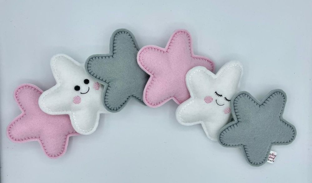 Stuffed Felt 6 Star Name Garland in White, Baby Pink & Grey