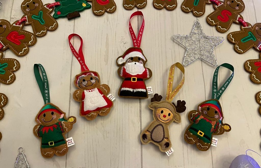 *** Set of 5 - Father Christmas, Mrs Claus, Boy Elf, Girl Elf and Reindeer