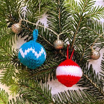 Festive Baubles - PDF Knitting Pattern