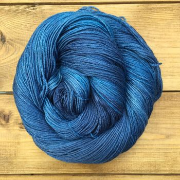 Steni Vala - Shades of Sapphire (Dyed to Order)