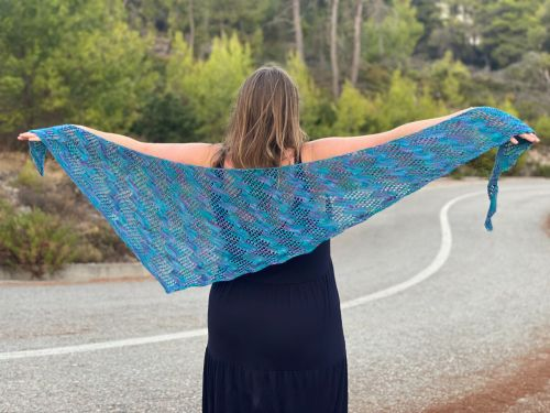 Lasso the Moon one skein shawl