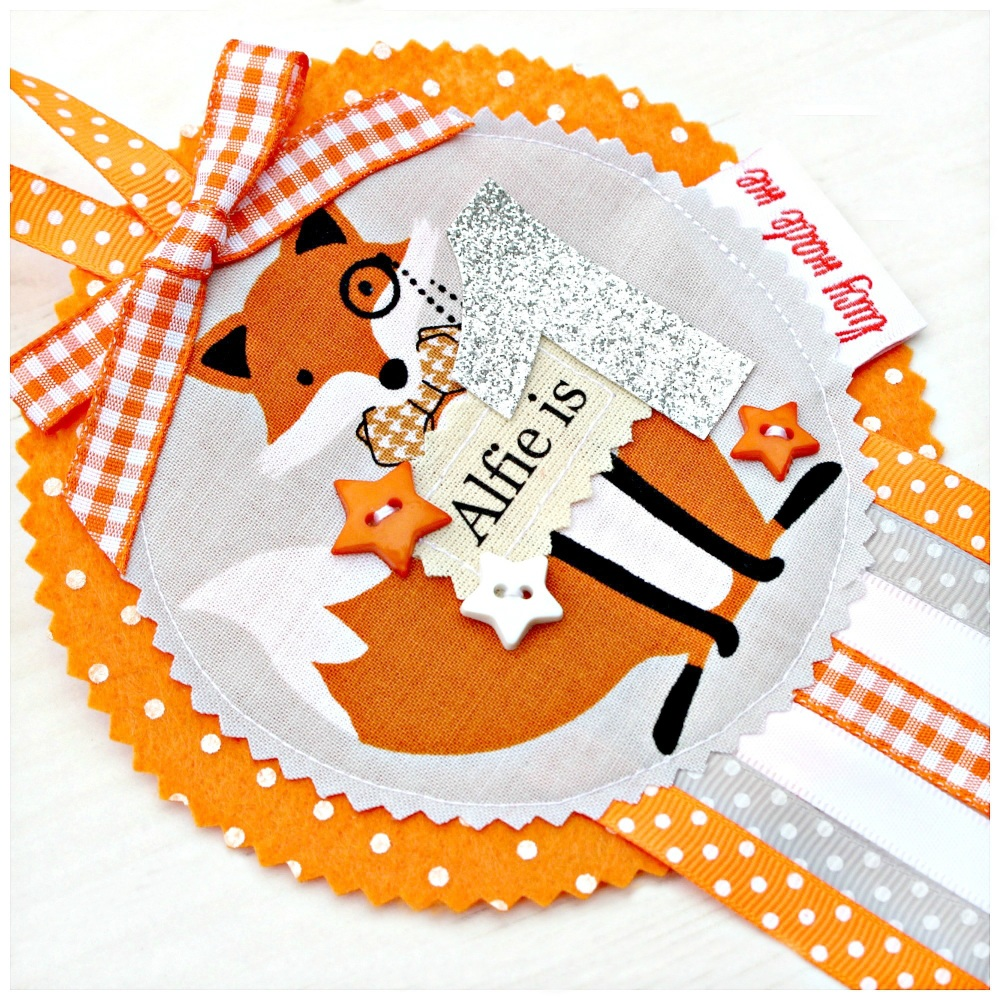 Fox Badge £8.00-£12.00