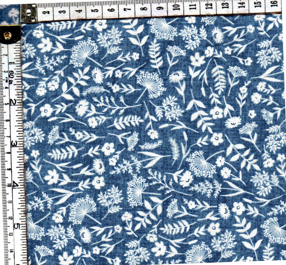 WOODLAND SCATTER BLUE 2061/B