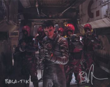 Brian Vernel as Bala Tik in Star Wars The Force Awakens Autographed 10x08 (01)