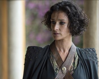 Indira Varma as Ellaria Sand in Game of Thrones 10x08(02)