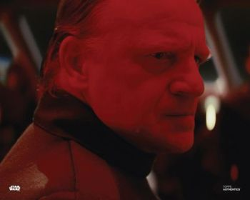 Mark Lewis Jones as Captain Moden Canady in Star Wars The Last Jedi pre-order (01)