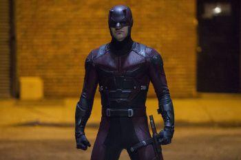 Charlie Cox as Matt Murdoch/Daredevil in Daredevil pre-order (04)