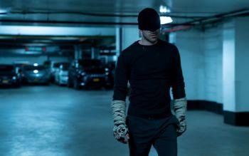 Charlie Cox as Matt Murdoch/Daredevil in Daredevil pre-order (06)