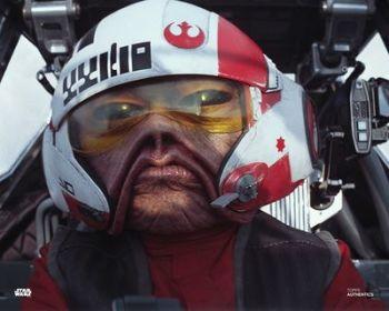 Mike Quinn as Nien Nunb in Star Wars pre-order (03)