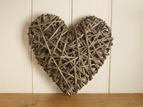 Wicker Heart Large