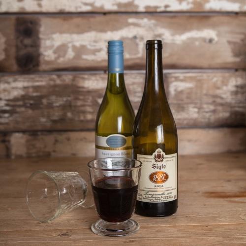 stubby wine glass