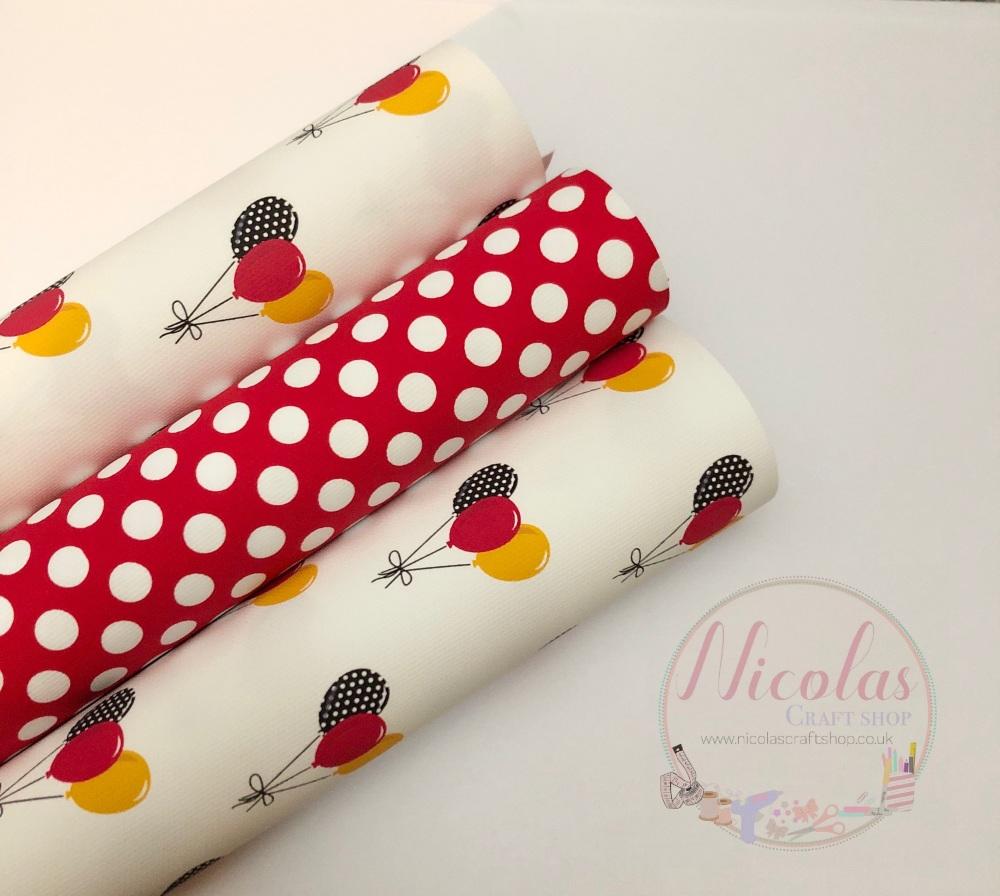 The red polka dot balloon set