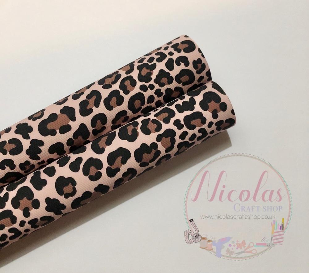 1148 - Leopard print printed canvas sheet