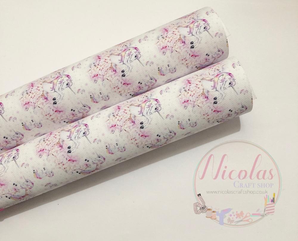 1058 - Stunning white/pink Falling unicorn printed canvas fabric