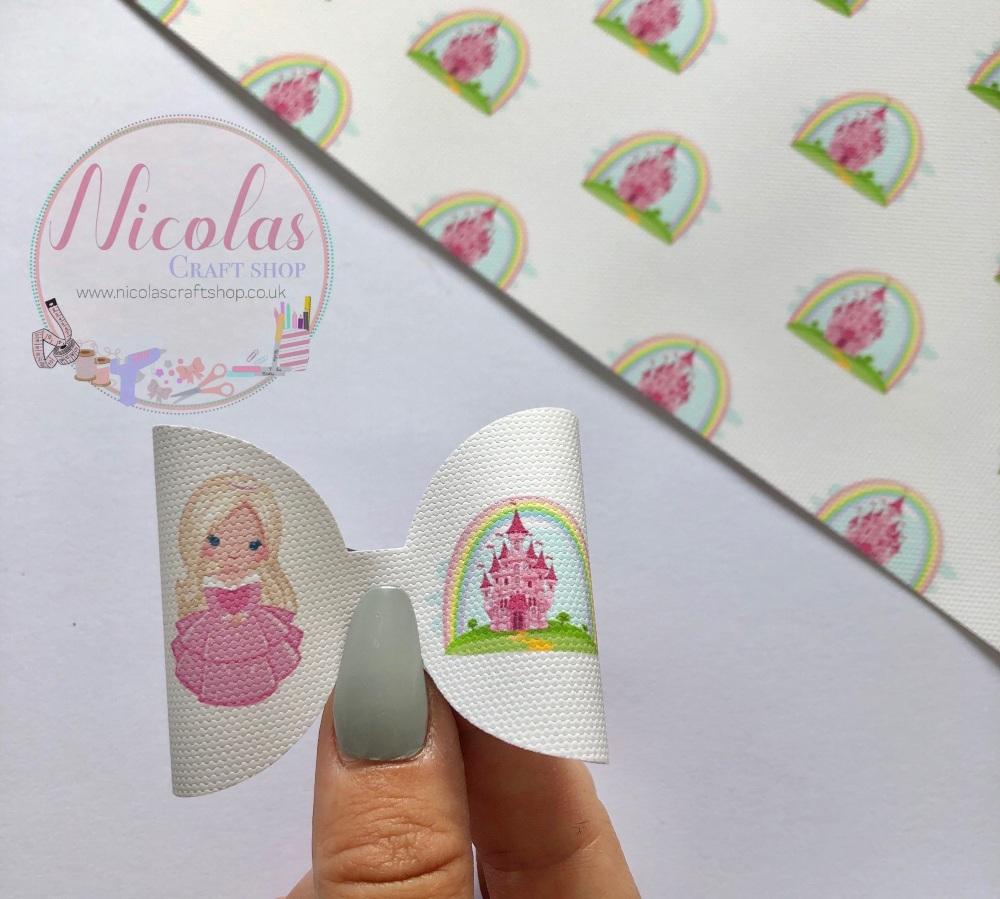 Blonde Princess Castle printed pre cut bow loop