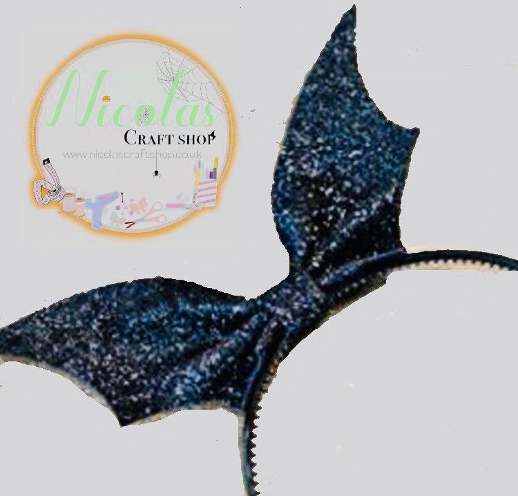 The Pinch Bat Bow Cutting Die
