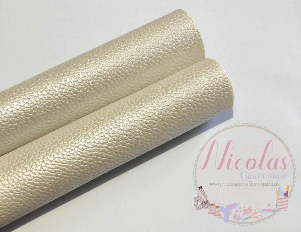 Creamy white pearlescent litchi leather