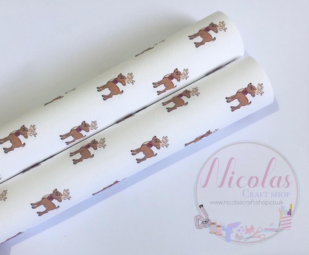 Elegant reindeer printed canvas sheet