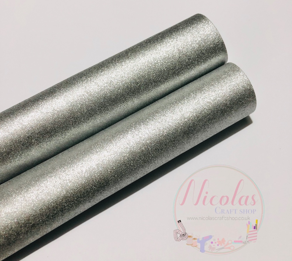 Pearlescent silver fabric sheet