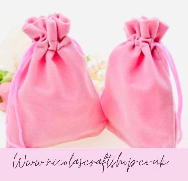 SINGLE - Pink velvet drawstring bag