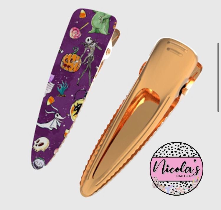 Halloween Skeleton - Ready Made Gold Clips